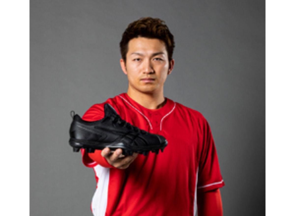210312鈴木誠也選手モデルスパイクweb_col3
