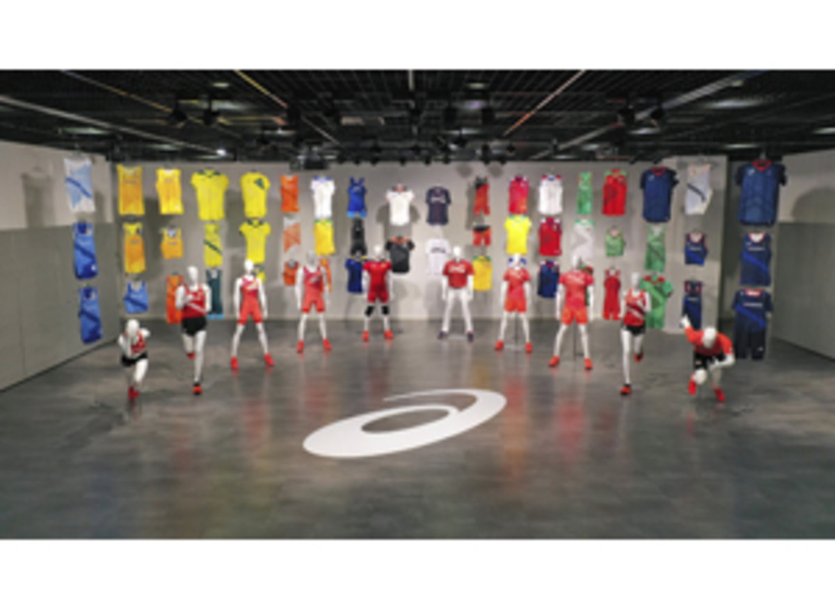 210414各競技の代表選手着用オフィシャルウエアweb_col3