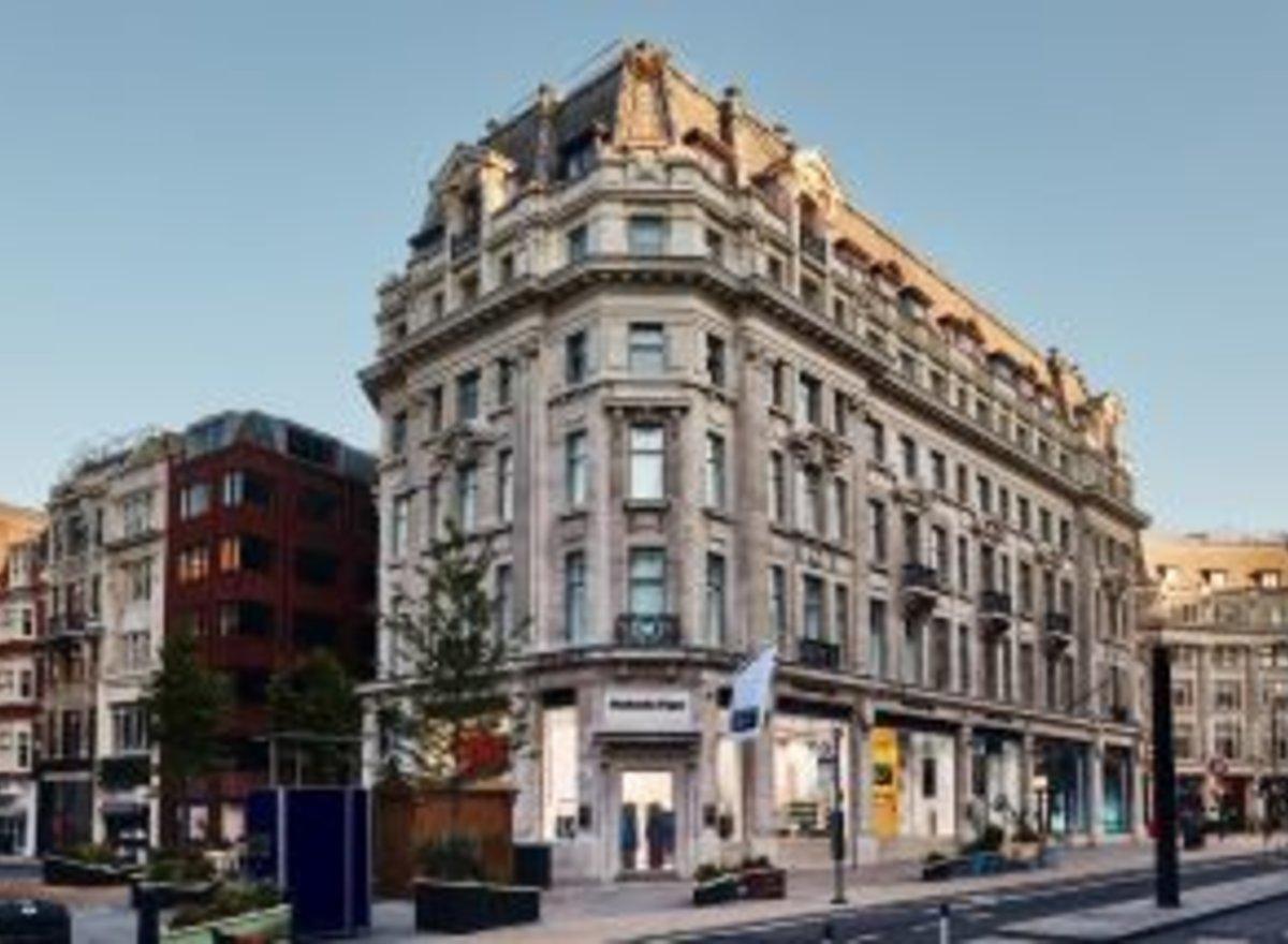 サムネ①onitsuka tiger regent street, london flagship _ no.4_col3